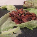 Pato con envoltura de lechuga . Chef Ching-He Huang