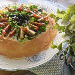 Tarta salada de merluza